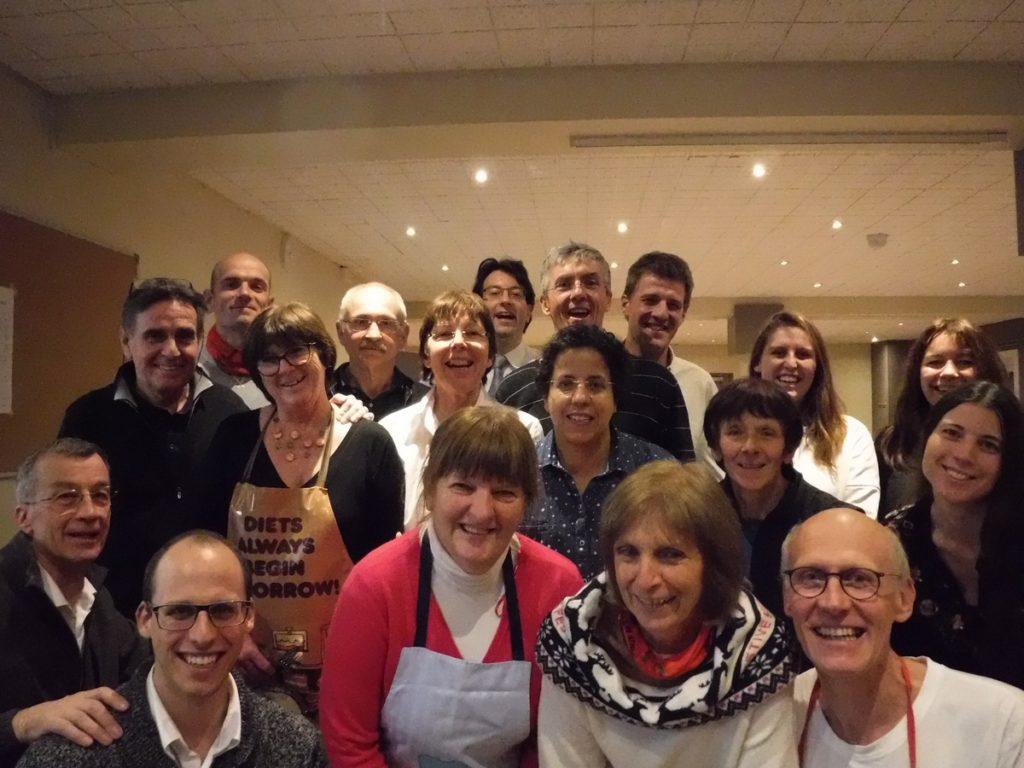 Equipe de service au repas du HAC